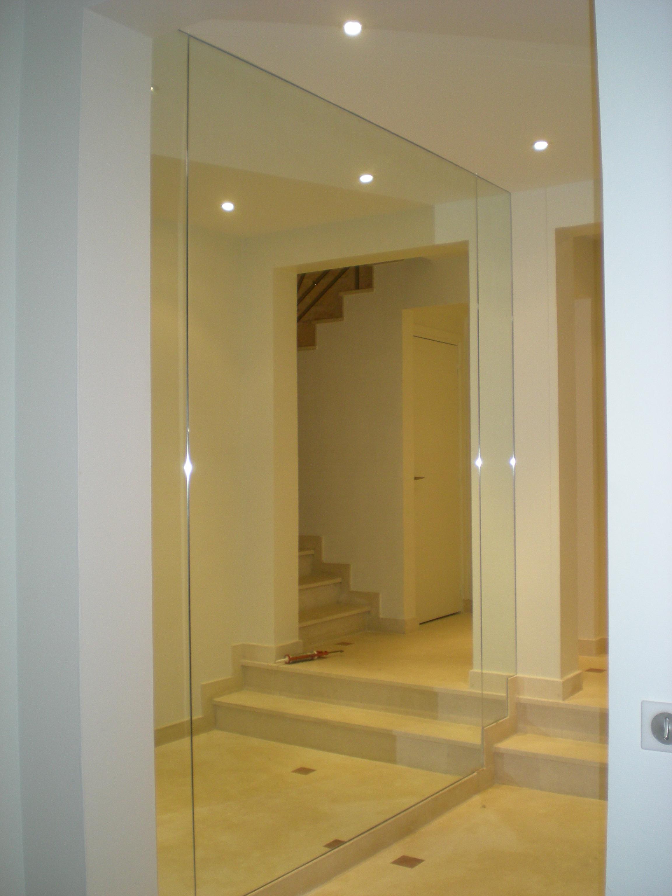 Miroiterie Clamart avec miroiterie page miroirs carrousel3 capter la lumière dans un hall d
